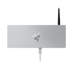 Universal Thunderbolt™ 4 dock with 10 ports for maximum connectivity.