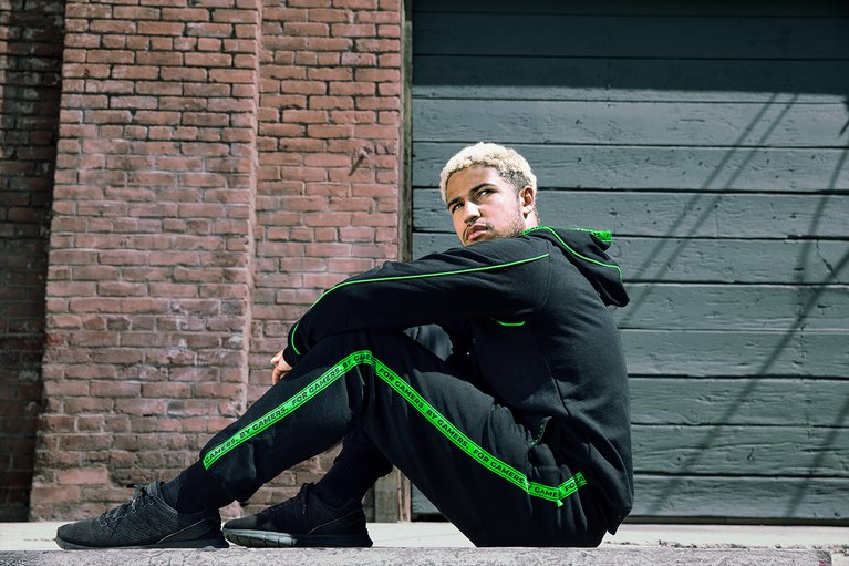 Razer Creed Trackpants - S