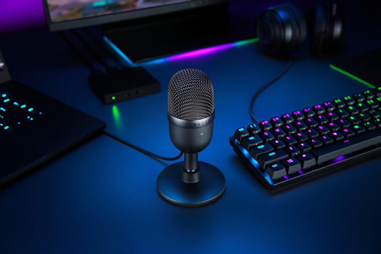 Pink Kompakt mit Supernieren-Richtcharakteristik, neigbarer St/änder, Integrierter Schockd/ämpfer Razer Seiren Mini Quartz - USB Kondensator-Mikrofon f/ür Streaming