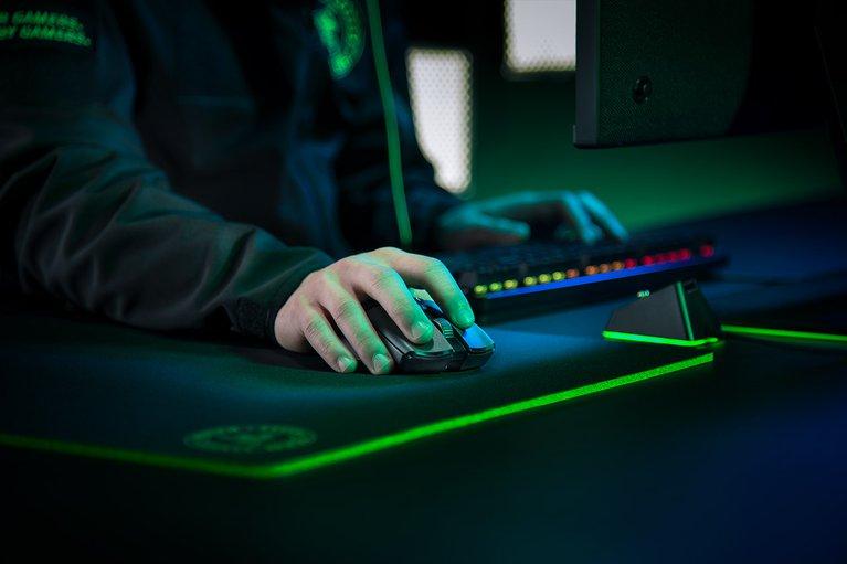 Razer Viper Ultimate with Charging Dock - Black