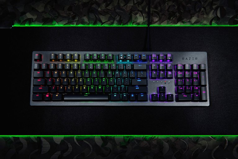 Razer Huntsman - IT - Black